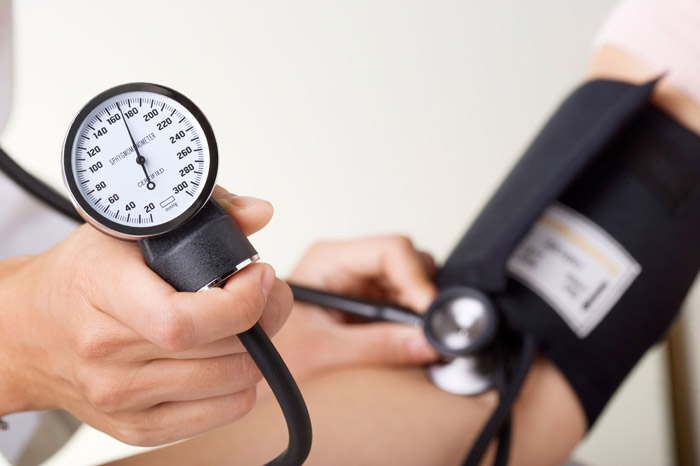 پیشگیری و درمان بیماری فشار خون بالا دکتر کرمانی فشارخون