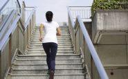 بالا و پايين رفتن از پله ها
