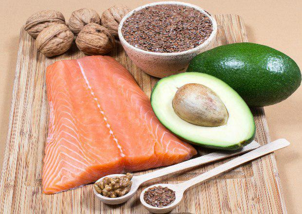 این 7 مادهی غذایی کلسترول خونتان را پایین میآورد