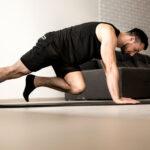 حرکات و ورزش های هوازی با سوزاندن سلولهای چربی و چربی سوزی کردن به کاهش وزن کمک بسیاری میکنند.