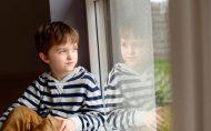 کودکتان با دیگر هم سالان خود رابطه ندارد و برایش هم مهم نیست