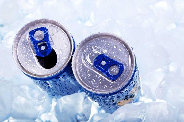 نوشیدنی های انرژی زا