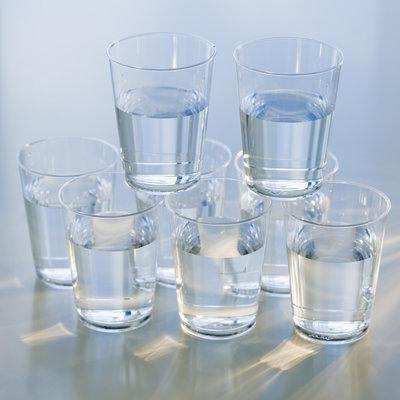 نخوردن آب به اندازه کافی در طول روز