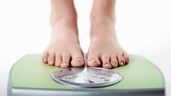اشتباه ششم: خوردن پروتئین، وزنتان را پایین نگه می دارد.