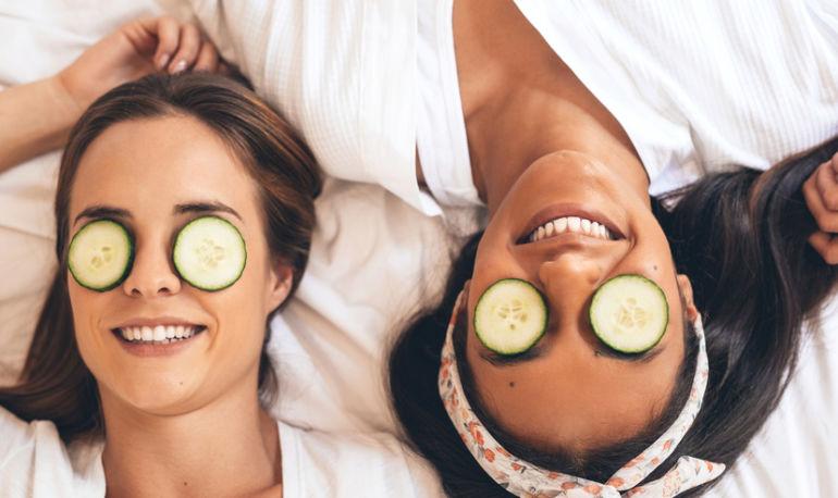 photo چند روش موثر برای از بین بردن سریع پف چشم