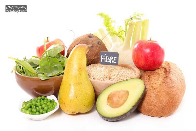 مصرف میوه و سبزیجات به علت داشتن فیبر، به کاهش فشار خون کمک می کند.