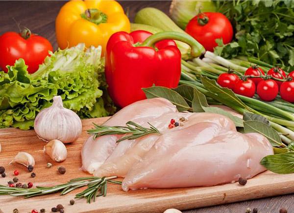 آیا خوردن مرغ می تواند به کاهش وزن کمک کند؟!