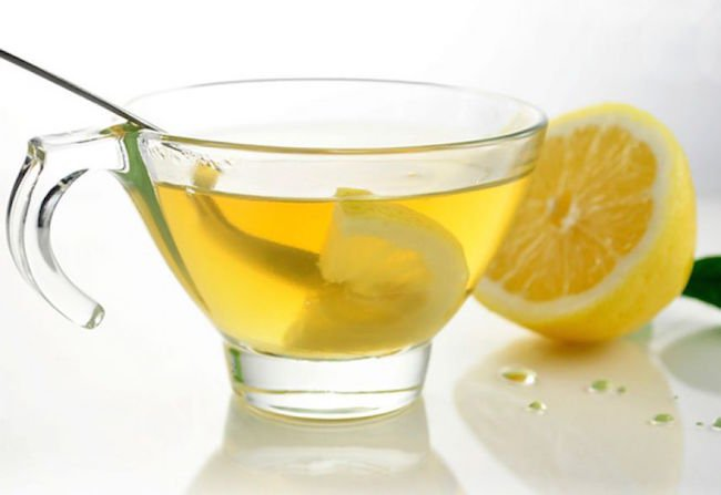 بهترین نوشیدنی برای کاهش وزن چیست؟ آب لیمو رژیم دکتر کرمانی
