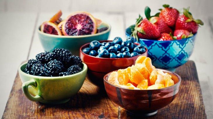 میوه ها میان وعده های سرشار از پکتین و پتاسیم هستند