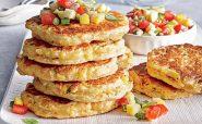 کیک ذرت به همراه سس سالسا آشپزی رژیمی تغذیه سالم