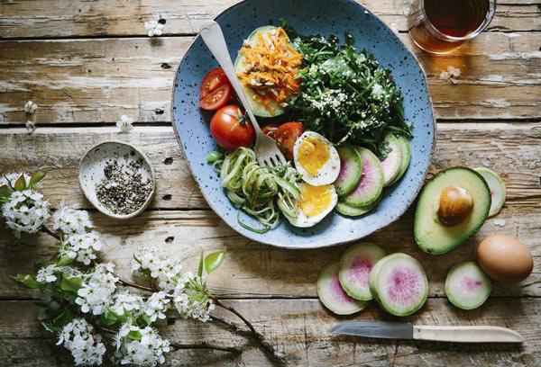 در یک چشم بهم زدن توان ذهنی خود را تقویت کنید غذای سالم رژیم لاغری دکتر کرمانی