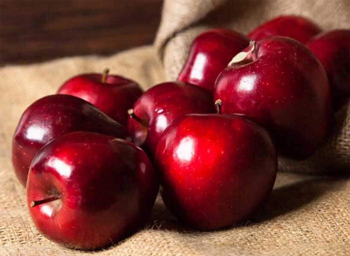با خوردن این غذاها بیشتر عمر کنید سیب رژیم لاغری دکتر کرمانی
