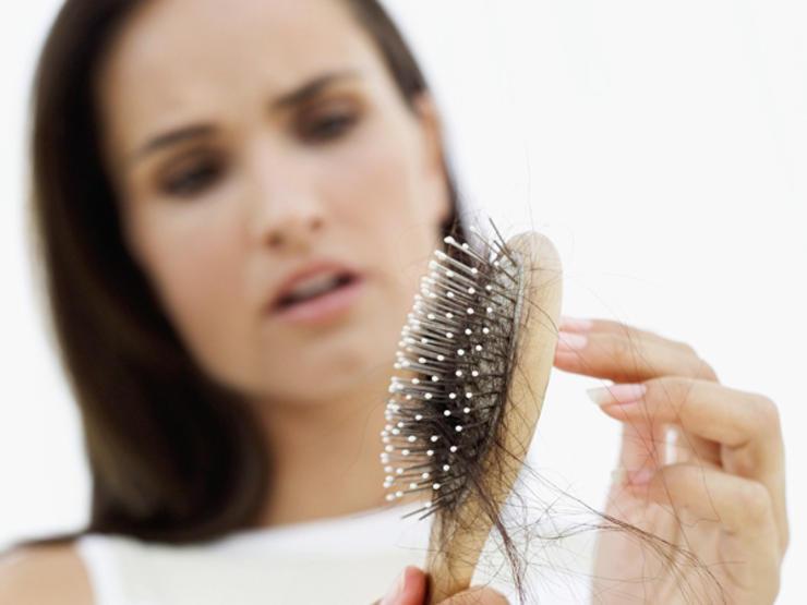 درمان موهای نازک شده: برای پیشگیری از ریزش مو چه کاری می توان انجام داد؟ کاهش وزن