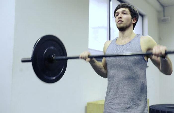 آیا می توان در طول کاهش وزن، افزایش عضله داشت؟