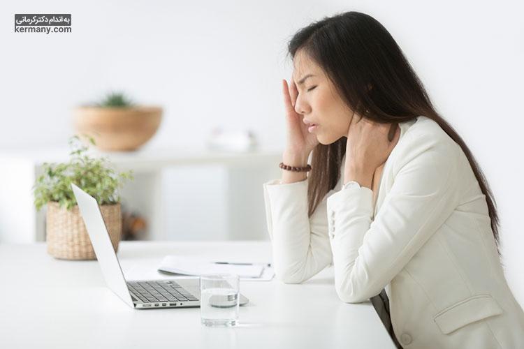 یکی از علائم ناراحتی قلبی، احساس سردرد، سرگیجه و تهوع است.
