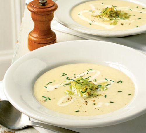 سوپ تره و سیب زمینی