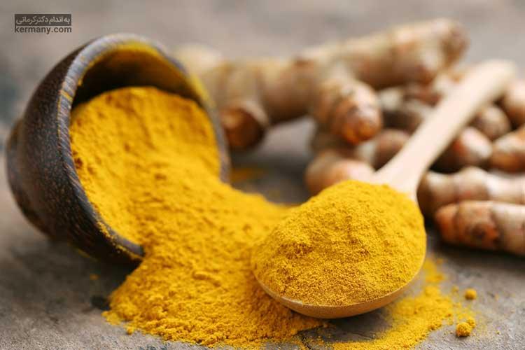 استفاده از ادویه های ضدالتهابی مانند زردچوبه می تواند به درمان سریعتر التهاب گلو کمک کند.