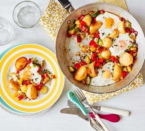 ماهی تابه تخم مرغ و سبزیجات