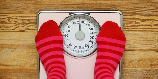 اضافه وزن در زمان پریود چگونه است؟ - رژیم لاغری - کاهش وزن