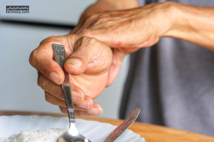 یبوست یکی از عوارض متداول بسیاری از داروها است.