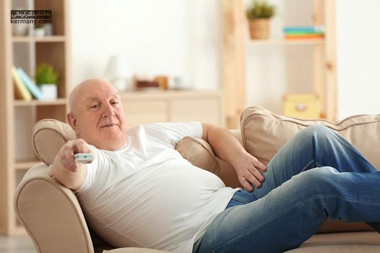 ابتلا به یبوست در افراد سالمند، به دلیل تحرک کمتر آن ها بیشتر است.