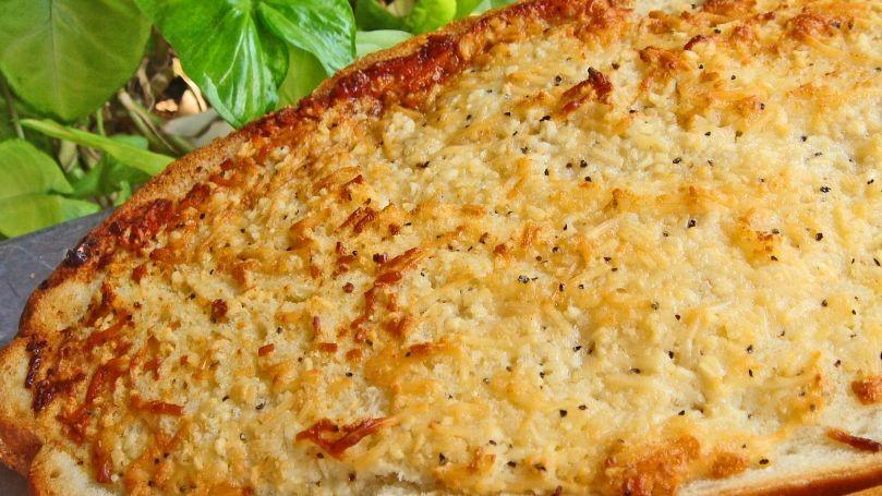 دستور پخت نان سیر رژیمی
