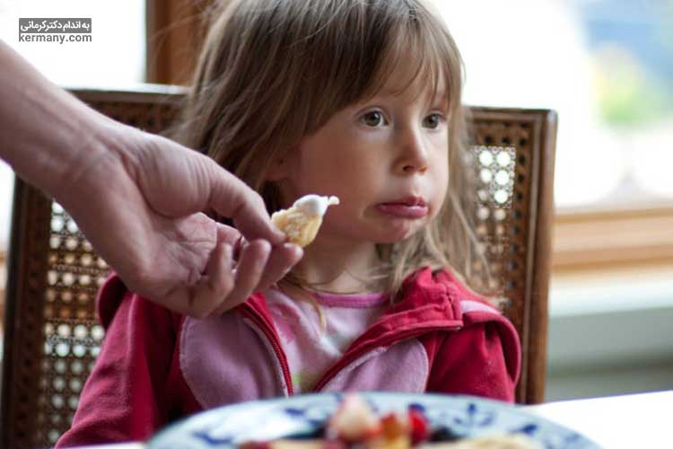 تغذیه کودک بد غذا
