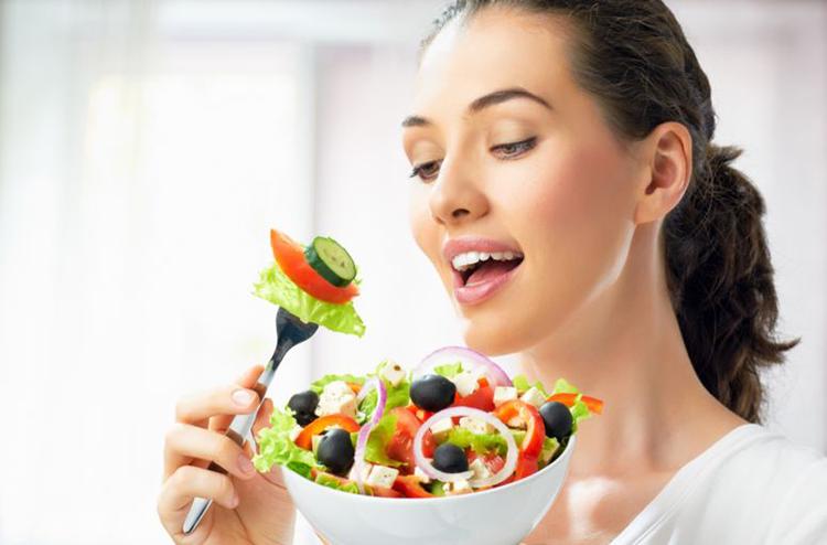 اشتهای کاذب- آرام غذا خوردن