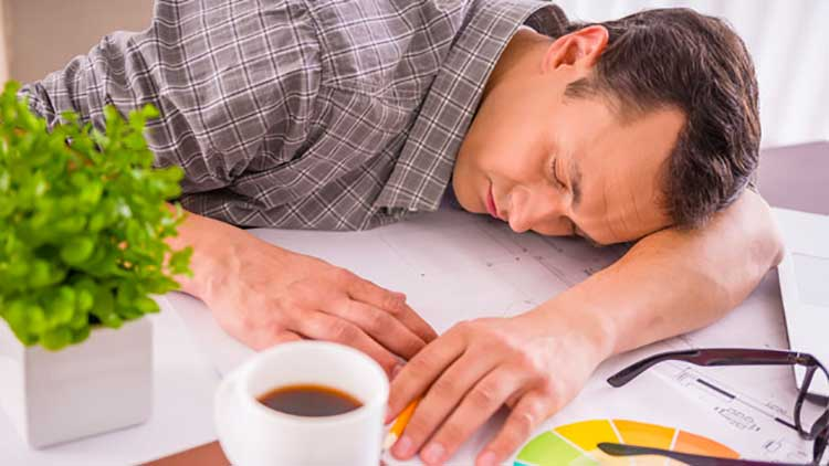 بی اشتهایی عصبی- علائم- خستگی