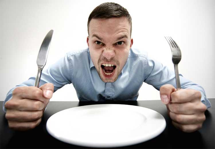 بی اشتهایی عصبی- خودداری از خوردن غذا