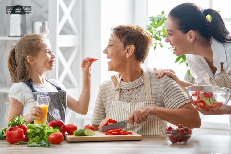 تغذیه سالم برای دانش آمووزان