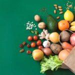 رژیم اورنیش یک رژیم لاغری بسیار محدودکننده است که بر مصرف سبزیجات و لاغری با حذف گروه های مختلف غذایی است.