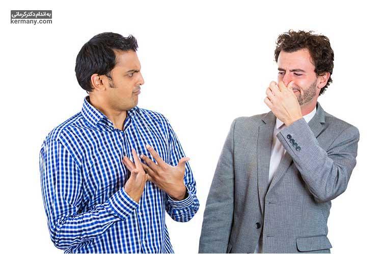 بوی بد دهان در ماه رمضان علت های مختلفی دارد که با دانستن آنها، میتوانیم از این اتفاق ناخوشایند جلوگیری کنیم.