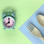 رژیم فستینگ یا روزه داری متناوب، روش مناسبی برای چربی سوزی در ایام ماه مبارک رمضان است.