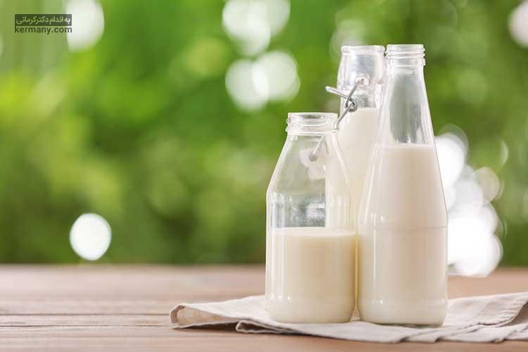 شیر دارای چربی و پروتئین است و مصرف مداوم آن می تواند باعث پر شدن و چاق شدن گونه ها شود.