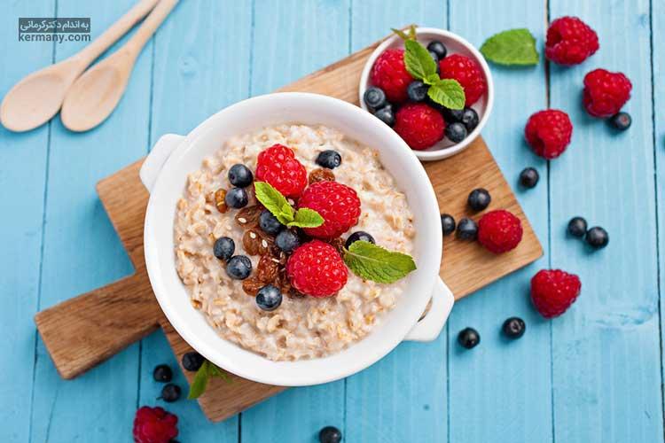 اوتمیل یک صبحانه رژیمی است که مصرف آن می توان احساس سیری را در افراد افزایش دهد.