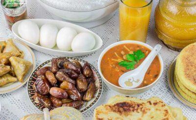 رژیم لاغری دکتر کرمانی در ماه رمضان به شما کمک میکند تا در دوران روزه داری بهترین برنامه غذایی را تدارک ببینید و دچار افزایش وزن نشوید.