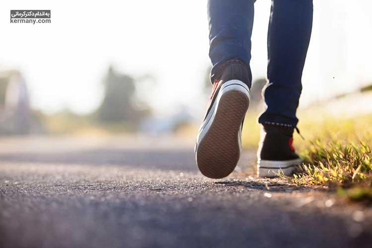 ورزش منظم میتواند به کاهش وزن و کاهش اثرات رگ های واریسی منجر شود.