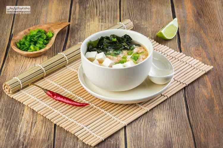 رژیم اوکیناوا به دلیل محدودیت در مصرف برخی از گروه های اصلی غذایی، رژیم سالمی محسوب نمی شود.